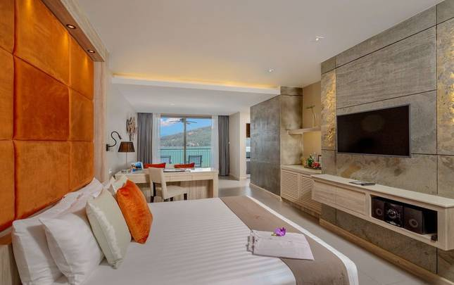 SEA VIEW JACUZZI JUNIOR SUITES Cape Sienna Phuket Gourmet Hotel & Villas Phuket
