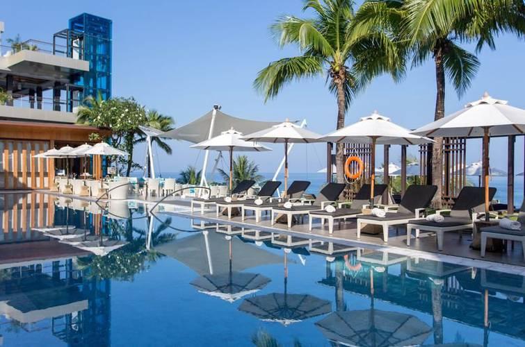 Poolside bar cape sienna phuket gourmet hotel & villas
